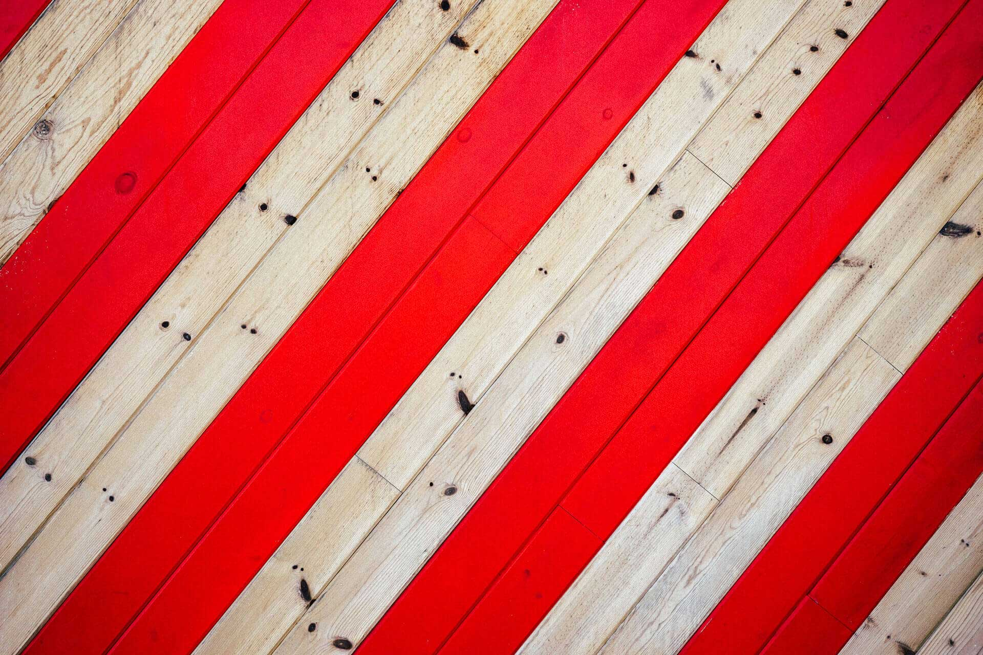 red-pattern-texture-lines